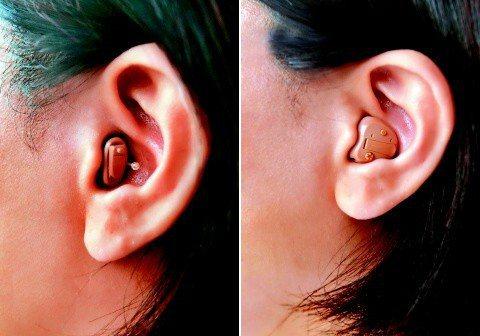 左:耳道型:比深耳道型略大,置於耳道內,外觀看得見;適用廣泛的聽損患者。右:耳內...