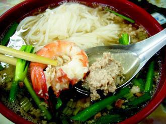 河粉配上鮮蝦和豬肉,無論是生炒或煮湯,美味獨樹一格。(圖/聯合報系資料照片)
