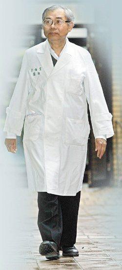 台大外科醫師李伯皇。(記者侯永全/攝影)