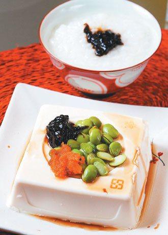 紫菜醬豆腐配清粥
