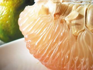 西施柚果肉飽滿多汁。