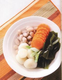 荸薺昆布湯。圖/《秋天的養生湯水》一書提供