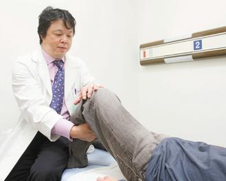 西園醫院骨科微創中心主任魏志定說,微創手術傷口小,復元快。 記者黃義書/攝影