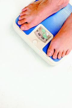 減重專科醫師林聖章強調,所謂減重黃金期定義,應從「立定決心的那一刻起算!」有決心...