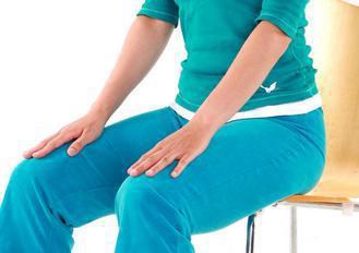 尾椎骨受傷的人,應更注意坐姿端正。 本報資料照片