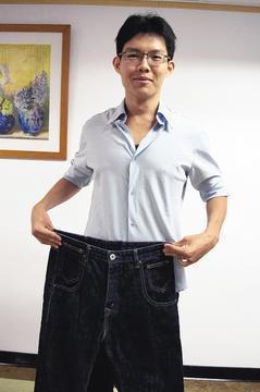 中和積穗派出所警員張育誠,從104公斤減至83公斤,腰圍也從40減到34吋。 記...