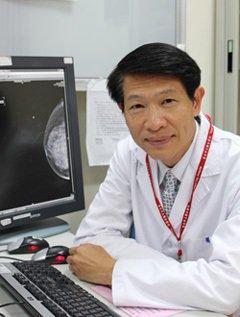 台北市聯合醫院婦幼院區乳房外科主任陳火木醫師。圖/陳火木醫師提供