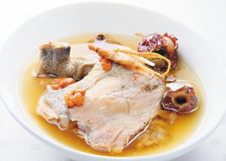 雞湯。圖片提供/聯經出版