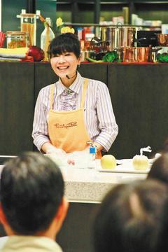 今日達人渡邊老師「料理要好吃,更要健康」是渡邊老師的飲食主張。曾接受商業周刊...