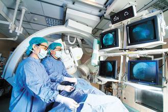 心導管檢查是確認心肌梗塞的利器之一。北醫/提供