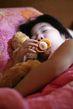 家長應密切注意孩子是否出現腸病毒重症前兆。 記者陳立凱/攝影