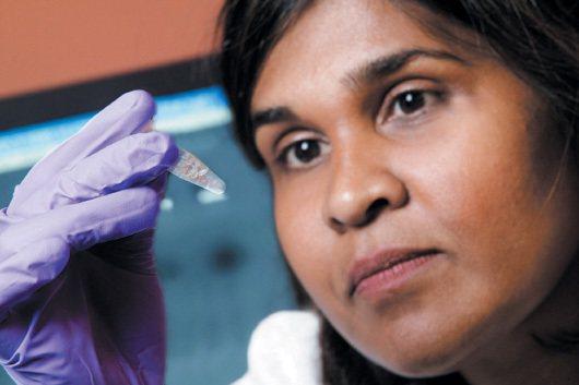 美國約翰霍普金斯兒童中心黛博拉‧波紹德醫師發表全球首見的愛滋寶寶治癒病例報告。 ...