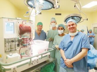 英國倫敦國王學院醫院、牛津大學、新機器OrganOx Metra的團隊,在成功將...
