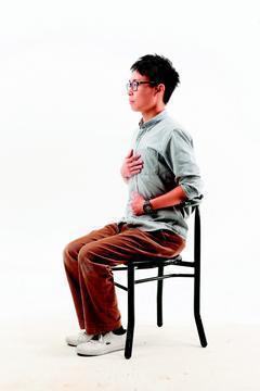腹式呼吸。記者陳立凱/攝影