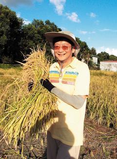 瘦身後忠欣公司總經理王星威只吃自然農法種的稻米,還奉行飯水分離飲食法,半年減...