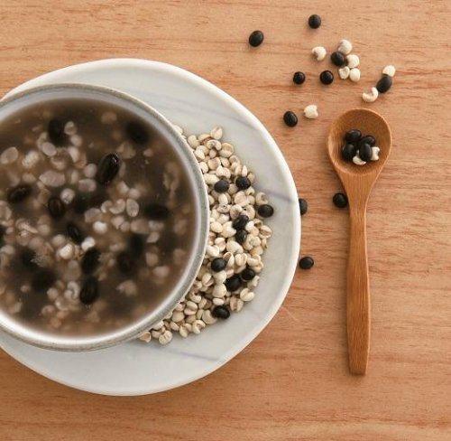 薏仁有利水的功效,可以解決輕微水腫。 圖片來源╱台灣好食材 Fooding