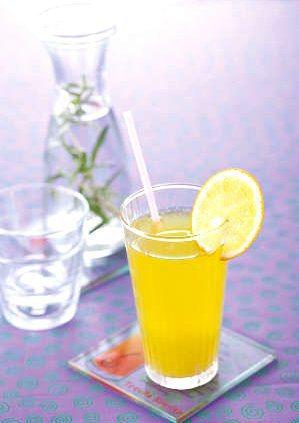 鮮橙黃瓜檸檬汁。人類智庫出版集團/提供