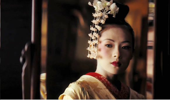 章子怡在電影《藝妓回憶錄》裡的扮相。 圖片來源/ QQxgt