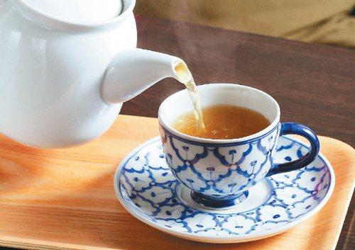 綠茶示意圖(記者陳俊吉/攝影)