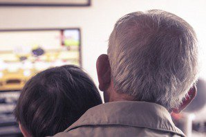 是照顧銀髮族,還是老人提款機?解讀連柯銀髮政見
