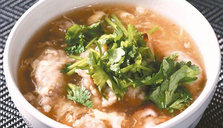 肉羹湯也會使用勾芡。 記者陳柏亨/攝影