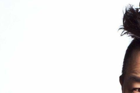 2013年,黃渤主演的《人再囧途之泰囧》、《西遊降魔篇》、《101次求婚》同時上映,三部影片的票房總和近30億人民幣(約新台幣150億元),被戴上「30帝」皇冠;隔年,40歲的黃渤靠著《心花路放》、...