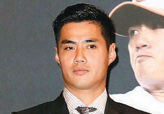 有人植眉時指定要旅美棒球投手陳偉殷的濃眉。 本報資料照片