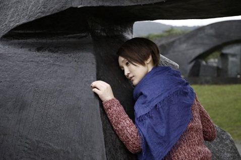 台灣雕刻大師朱銘享譽海內外,香港導演彭浩翔拍愛情電影「撒嬌女人最好命」,也談女性自主,特別把朱銘雕塑作為女主角周迅尋找自己的重要情節。