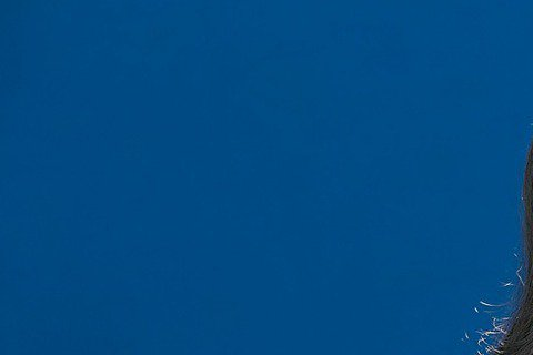 江蕙在16場「祝福」告別演唱會,引起全台搶票瘋後,今天宣布加場訊息,分別是8月15日、16日、21日、22日、23日在台北小巨蛋,9月4日、11日、12日、13日在高雄,共9場近10萬票,將由宏碁雲...
