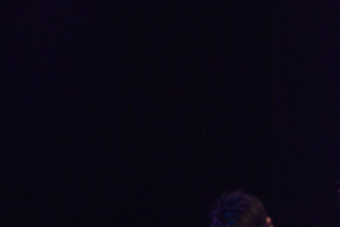 王力宏昨在台中Legacy舉辦粉絲免費入場的「福利秀」,門票850張日前5分鐘就被索完,而因王力宏出道滿20年,昨他一連唱了20年來的經典歌曲,還包括新歌「忘我」、「裂心」,讓粉絲也很忘我。他福利秀...
