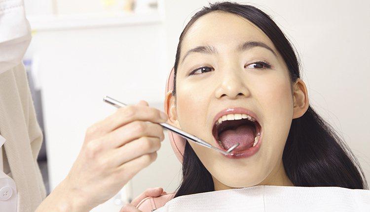 準媽媽常擔心照X光、上麻藥影響胎兒,就算牙痛仍選擇忍耐不就醫。不過孕婦口腔狀況不...