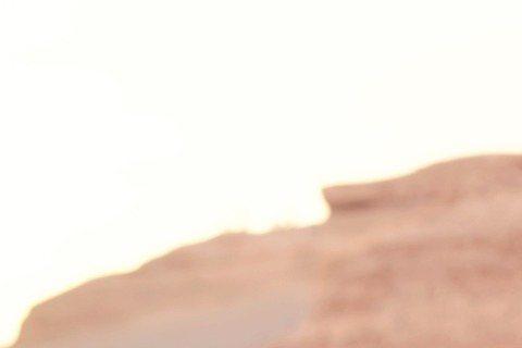 去年底完成終身大事,戴佩妮沉浸在新婚幸福中,她接受「儂儂雜誌」訪問時提到和老公相遇過程,覺得西米露是老天爺送給他的靈魂伴侶,兩人剛開始交往時去墾丁唱春浪,晚上放煙火時她偷偷跟老天許願,讓她找到一個完...