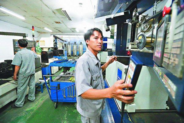 越南精密深耕東南亞市場已久,致力於打造年輕接班團隊,如果未來回台設廠,將會考慮聘...