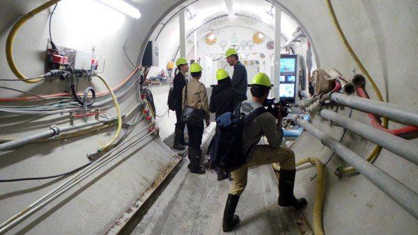 在丹麥採訪強調眼見為憑,受訪者堅持記者看現場才開始解釋,圖為丹麥防洪工程,採訪團...