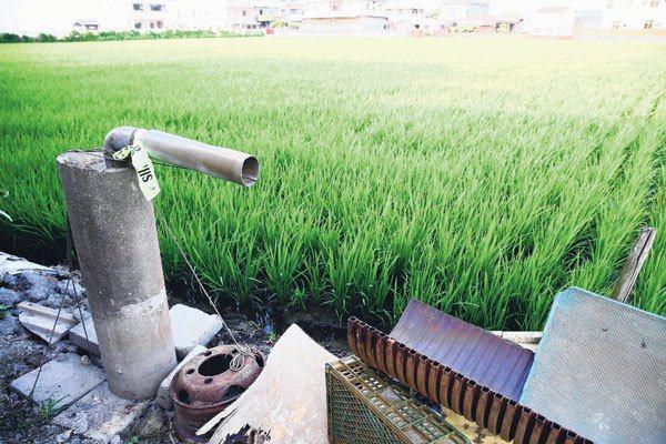 農民私抽地下水情況嚴重,雲林縣調查就發現非法水井多達約10萬口以上。 記者陳易辰...