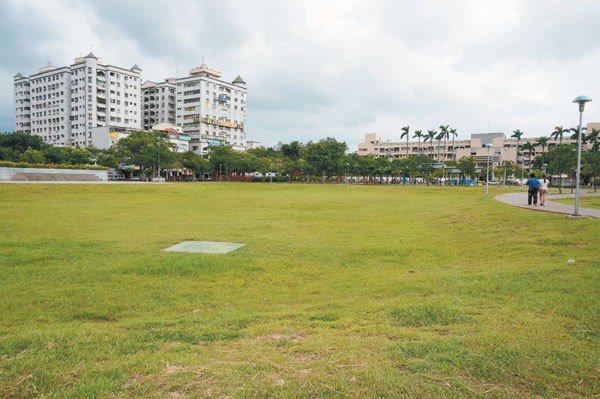 文化公園附近人口密集,是居民主要生活圈。 記者林伯驊/攝影