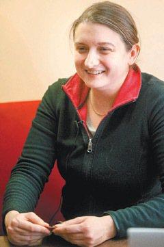 瓦勒莉(31歲‧學術助理):我會擔心領不到退休金!說不一定還要工作到死! 特派記...