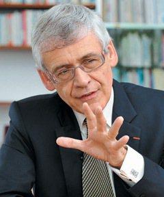 皮耶泰備(ESSEC校長)。 特派記者林澔一/巴黎攝影