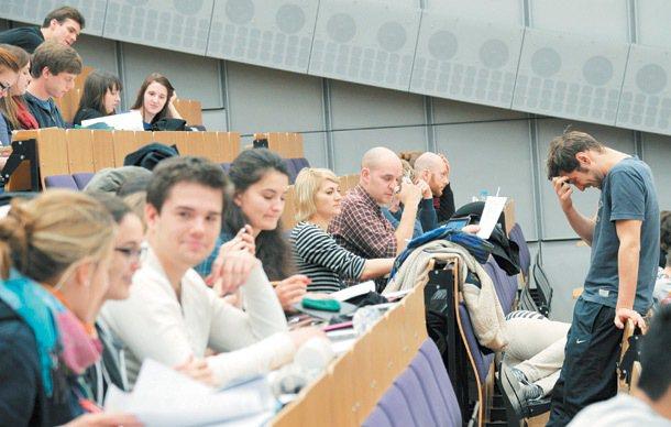 德國雙軌技職教育,德國柏林科技大學上課的學生。 記者陳易辰/攝影