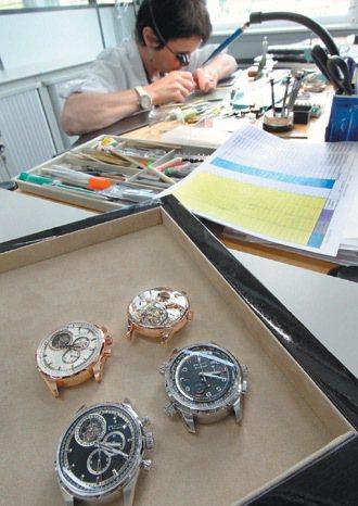 ZENITH鐘表廠能製作出十分之一秒精準,且清楚呈現的鐘表。 特派記者曾學仁/瑞...