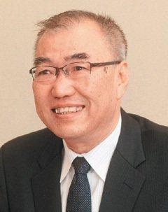 初瀨直章(同志社大學學生支援機構部長):本校職涯課程分散在四年裡,可以選修職涯形...