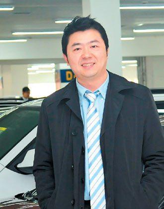 李海超(大陸)  經歷:2011年成立「車王二手車超市」連鎖店,現為車王...