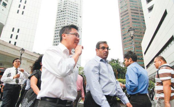 新加坡的臉譜,很國際新加坡企業由國家直營或轉投資,政府有空間、有權力,匯集所有的...