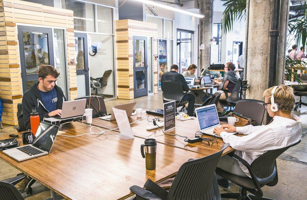 著名的共享空間Impact Hub,分布於全球近四十個城市;圖為舊金山的共享空間...