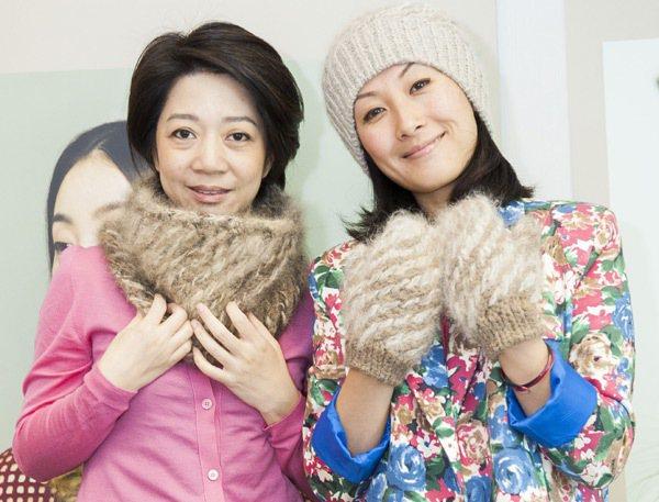 「WOUF」創辦人林敏兒(右)與樂美怡(左)將貓狗毛製成織品,為香港時尚產業帶來...