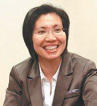 國民黨立委徐欣瑩說,單身從政的壞處是:跑攤、拉票都少了另一半的戰力。 圖╱本報資...
