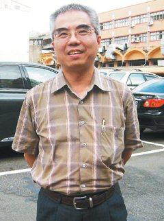 交通大學運輸科技與管理系副教授吳宗修有廿年車禍鑑定經驗。 記者李承宇╱攝影
