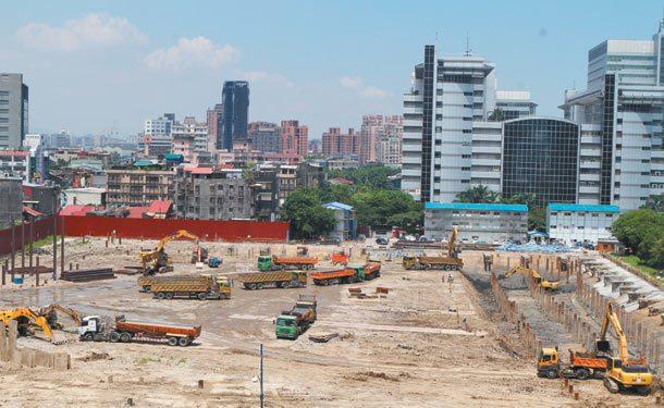 建設擺第一 政府投入公共建設,民間也會相對投資,對刺激經濟成長有乘數效果,圖為興...