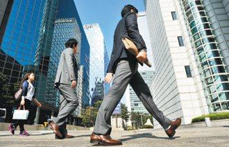 隨著韓國積極洽簽FTA,韓國企業國際化引進愈來愈多的外籍人才,將對長期有著強烈民...