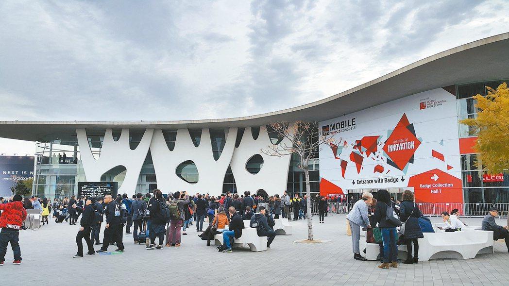 2015 MWC世界行動通訊大會昨天在巴塞隆納正式登場。 記者陳立儀/攝影